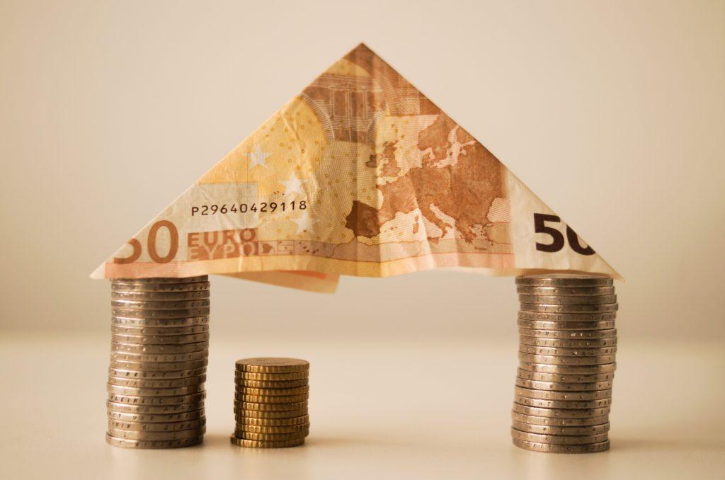 Financial loan in Calgary Winnipeg